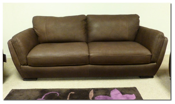 MFC the sofa store in Swansea is the best sofa store in Swansea. The very best prices an leather and fabric sofas. A huge range of chairs,sofas,corner units,recliners,beds and bedroom furniture.