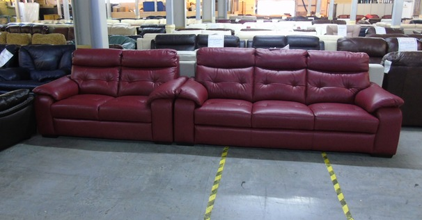 Lyon 3 seater and 2 seater red £1499  (CLEARANCE OUTLET)
