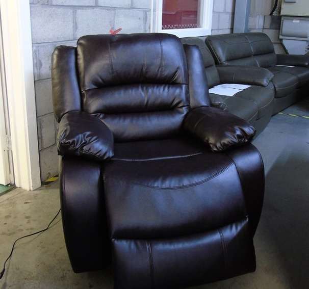 Clifton Electric recliner chair £299