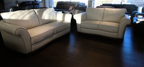 Florence cream hide with dark piping £1999 (SUPERSTORE)