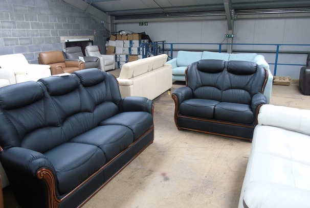 Gemma 3 seater and 2 seater in black £1399 (CLEARANCE WAREHOUSE)