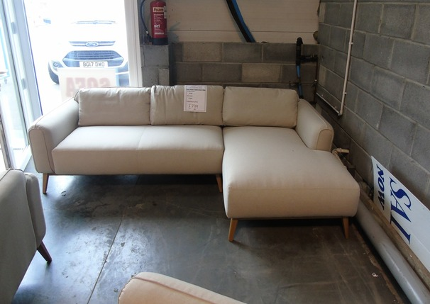Malmo chaise sofa beige £799 (CLEARANCE WAREHOUSE)