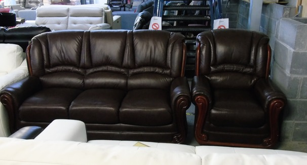 Showood 3 seater and 1 chair. chestnut £699 (CLEARANCE OUTLET)