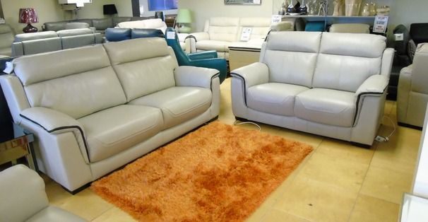 Chippenham 3 Seater + 2 Seater In New Club Silver Grey £1899 (SUPERSTORE)