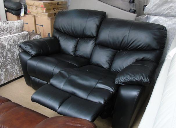 Pembroke recliner 2 seater black 799 (SUPERSTORE)