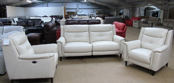 Cream Winchester electric recliner 3 seater and 2 electric recliner chairs £2499 (SUPERSTORE)