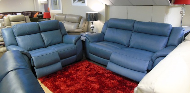 Caterina electric recliner 3 seater and 2 seater blue £2599 (SUPERSTORE)